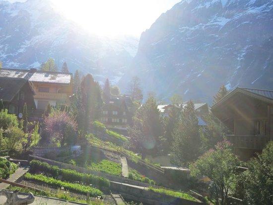 Hotel Restaurant Alpina Grindelwald: Lever du soleil depuis la terrasse