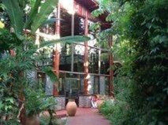 Hotel Selvatico Don Horacio: Salida del SUM a las habitaciones