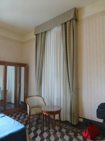 BEST WESTERN Grand Hotel Royal : chambre