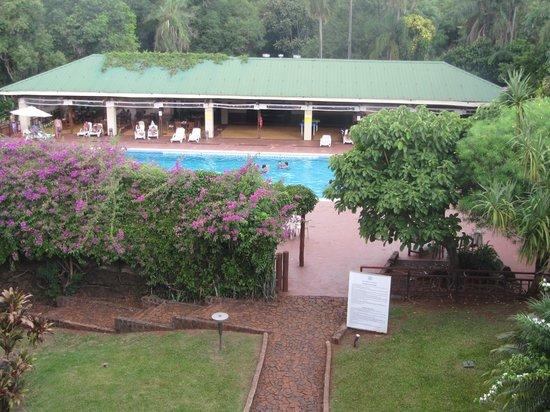 Raices Esturion Hotel: Puerto Iguazù - Hotel Esturion - Giardino e piscina