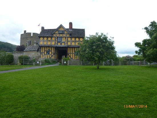 Stokesay Castle: The Gatehouse