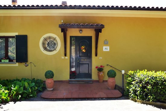 Bed & Breakfast La Valle Talamello: ingresso