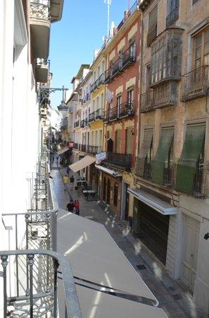 Hotel Comfort Dauro 2 : Blick vom Zimmer auf die Calle Navas