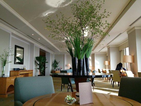The Ritz-Carlton, Tokyo : クラブラウンジ