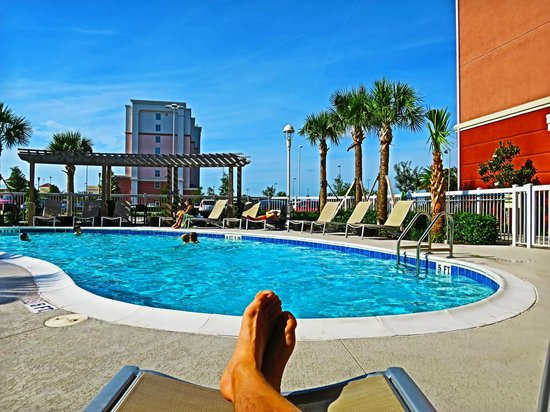 Homewood Suites by Hilton Orlando Airport: A last couple of hours of sun and heat...