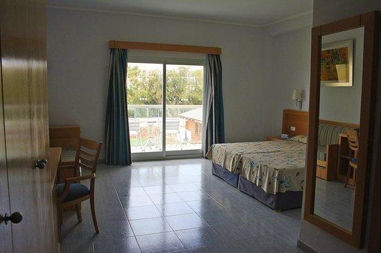 Cabogata Garden Hotel & Spa: Habitación familiar