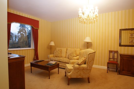 Boyne Valley Hotel & Country Club: River Suite