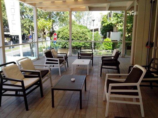 L'Hotel Rimini: veranda esterna