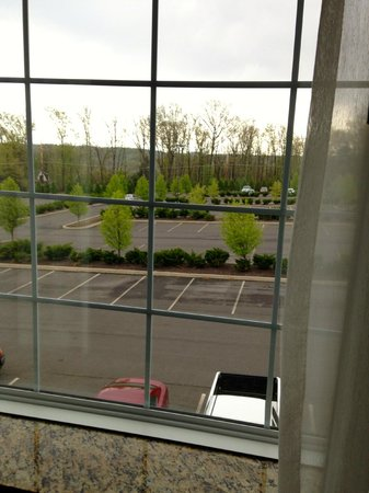 Candlewood Suites Hazleton : rooms with the view are on the other side of the hotel