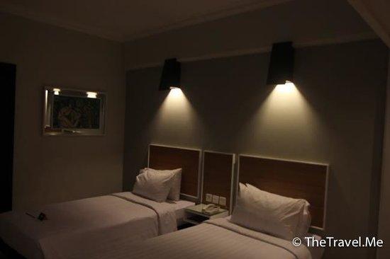 Hotel Santika Premiere Jogja : 房間內部