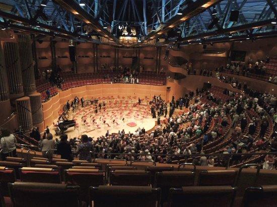 Kolner Philharmonie: 音響効果はすばらしい