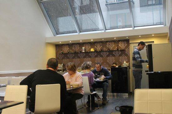 BEST WESTERN PLUS Hotel Ambra: Zona de desayuno