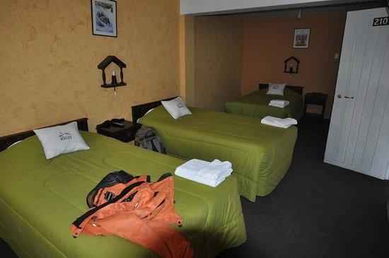 Colca Inn Hotel: Трехместный номер
