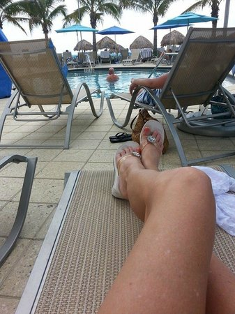The Naples Beach Hotel & Golf Club: Great pool Adult only