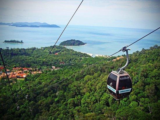 Langkawi Cable Car (Panorama Langkawi Sdn Bhd): View of the Ride