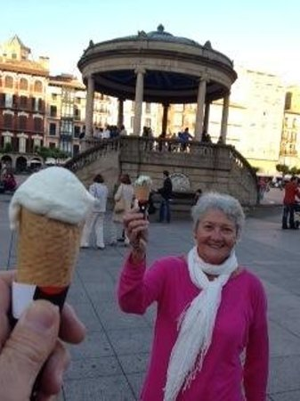 Plaza del Castillo: Hmmmm