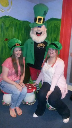 National Leprechaun Museum: Our favourite holiday photo...at The Leprechaun Museum xx