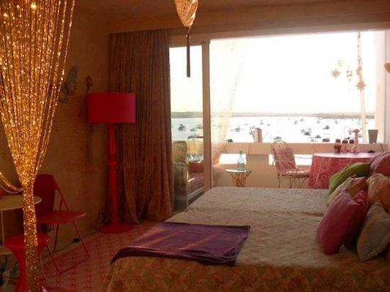 HOMEnFUN Formentera Suites: Loft Provenzal