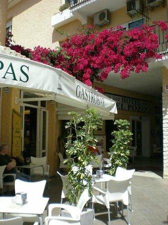 Hotel El Pozo: Entrance to El Pozo