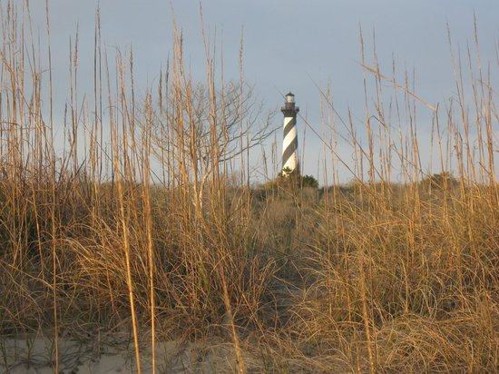 Cape Pines Motel: Picture of Hatteras Lighthouse (several miles from hotel)