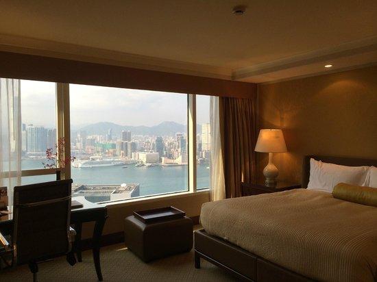 Conrad Hong Kong : クラブフロアの部屋