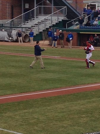 Hadlock Field: Trot Nixon throwing out the first pitch!