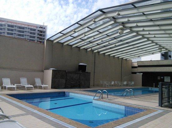 Nobile Suites Congonhas: Outdoor pool