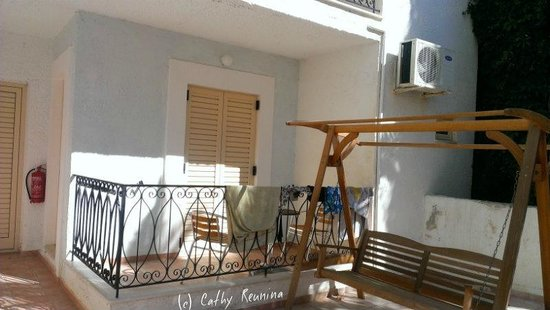 Hotel Glaros: Petit balcon