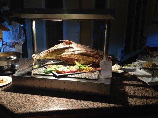 Djerba Golf Resort & Spa : Huge fish for evening meal. Very nice :0)