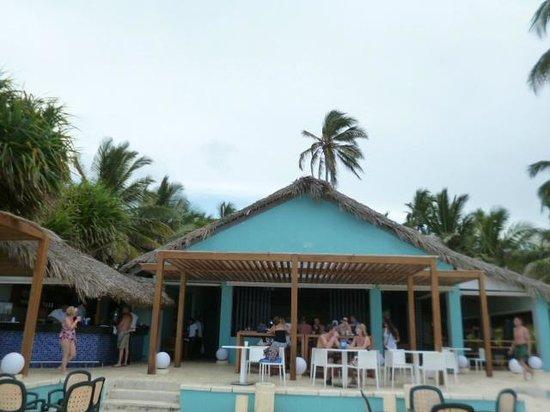 Tropical Princess Beach Resort & Spa : Strandbar