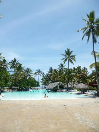 Tropical Princess Beach Resort & Spa: Pool