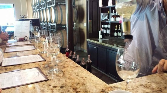 Laguna Canyon Winery: tasting area