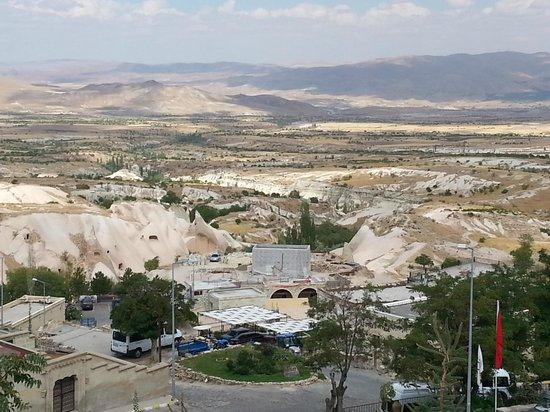 Cappadocia Cave Resort & Spa : Vista do apartamento.