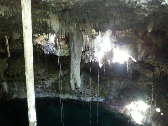 Ek Balam Cenote: le Cenote et son ouverture