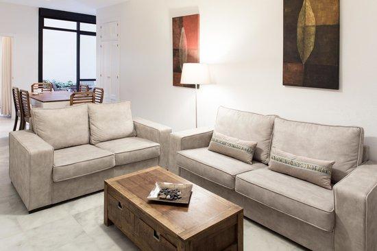 La Casa del Pozo Santo: Salón/Livingroom
