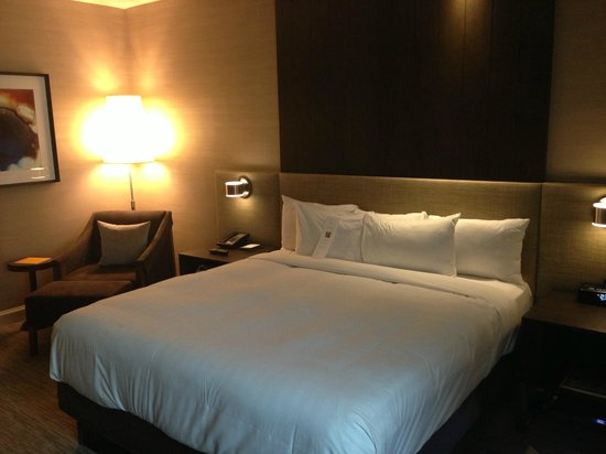 Hyatt Centric Chicago Magnificent Mile : Very comfortable bed!
