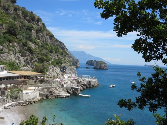 Casale Villarena : A hike to a secluded neighboring beach