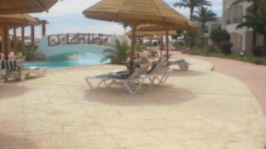 Grand Seas Resort Hostmark: piscine et ponts