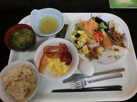 Hotel Urashima Sanjokan: 朝食バイキング