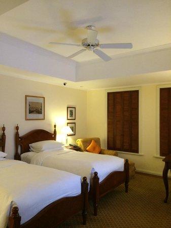 Park Hyatt Saigon: 客室は可もなく不可もなくという感じ