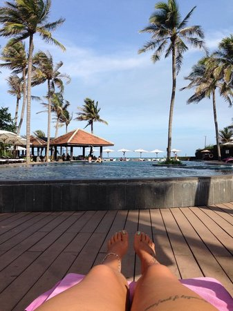 Anantara Mui Ne Resort: Anantara rooms and pool area