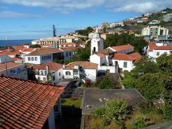 Vila Galé Santa Cruz: вид на отель и деревню