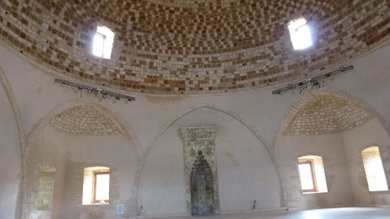 The Venetian Fortezza: inside the Mosque
