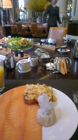 Corinthia Hotel London : Breakfast