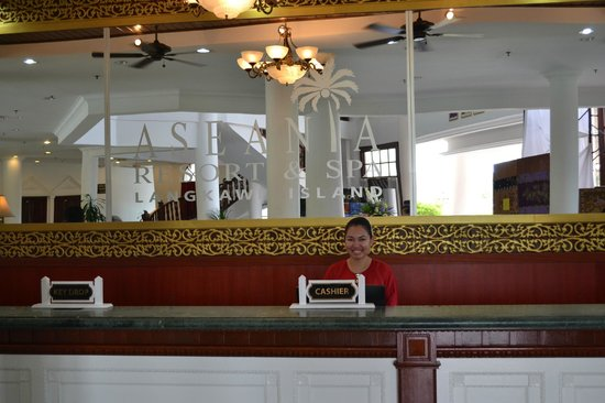 Aseania Resort & Spa Langkawi Island: Ain the lovely Receptionist