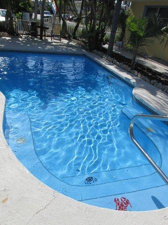 Sta'n Pla Motel: Pool