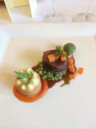 The Lovat, Loch Ness: Beef fillet, ox cheek on herb shell and cottage pie. Lovely