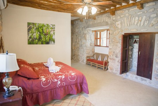 Hacienda Tepich : Master Suite