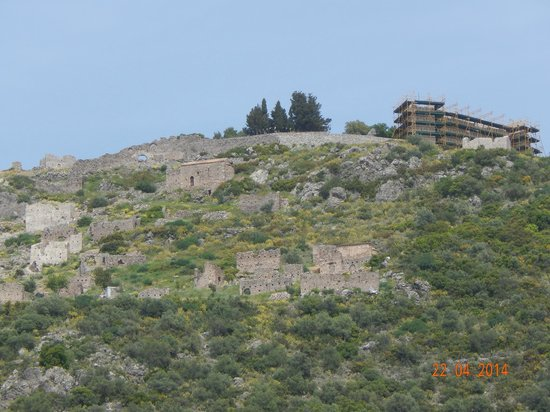 Castle of Geraki: View to the whole castle complex
