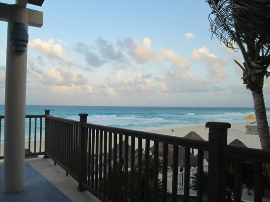 Golden Parnassus All Inclusive Resort & Spa Cancun: pier 12